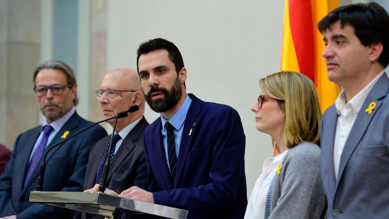 """Torrent insta a """"formar un frente unitario en defensa de la democracia"""" ante la """"gravedad de la situación política"""""""