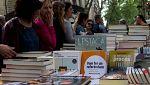 Cataluña celebra un Sant Jordi atípico y sin actos oficiales