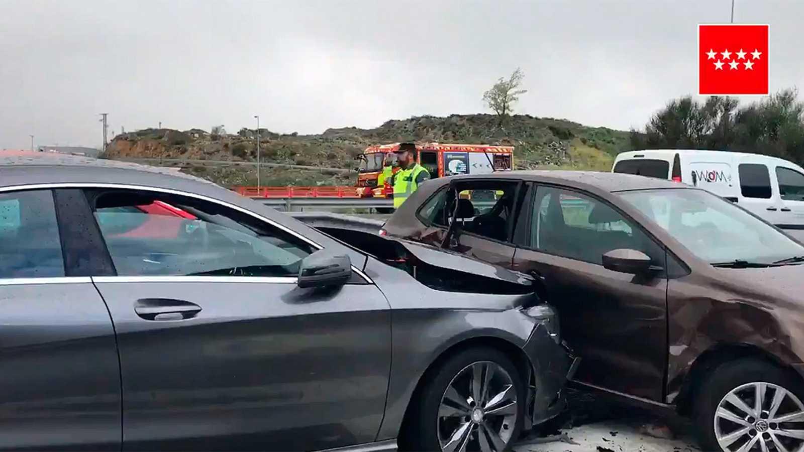 Once Heridos Leves En Varios Choques En Cadena En La M 607 Por La