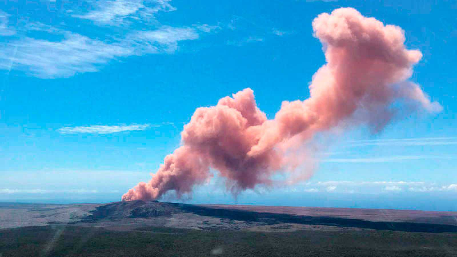 Miles de evacuados en Hawai por la erupción del volcán Kilauea