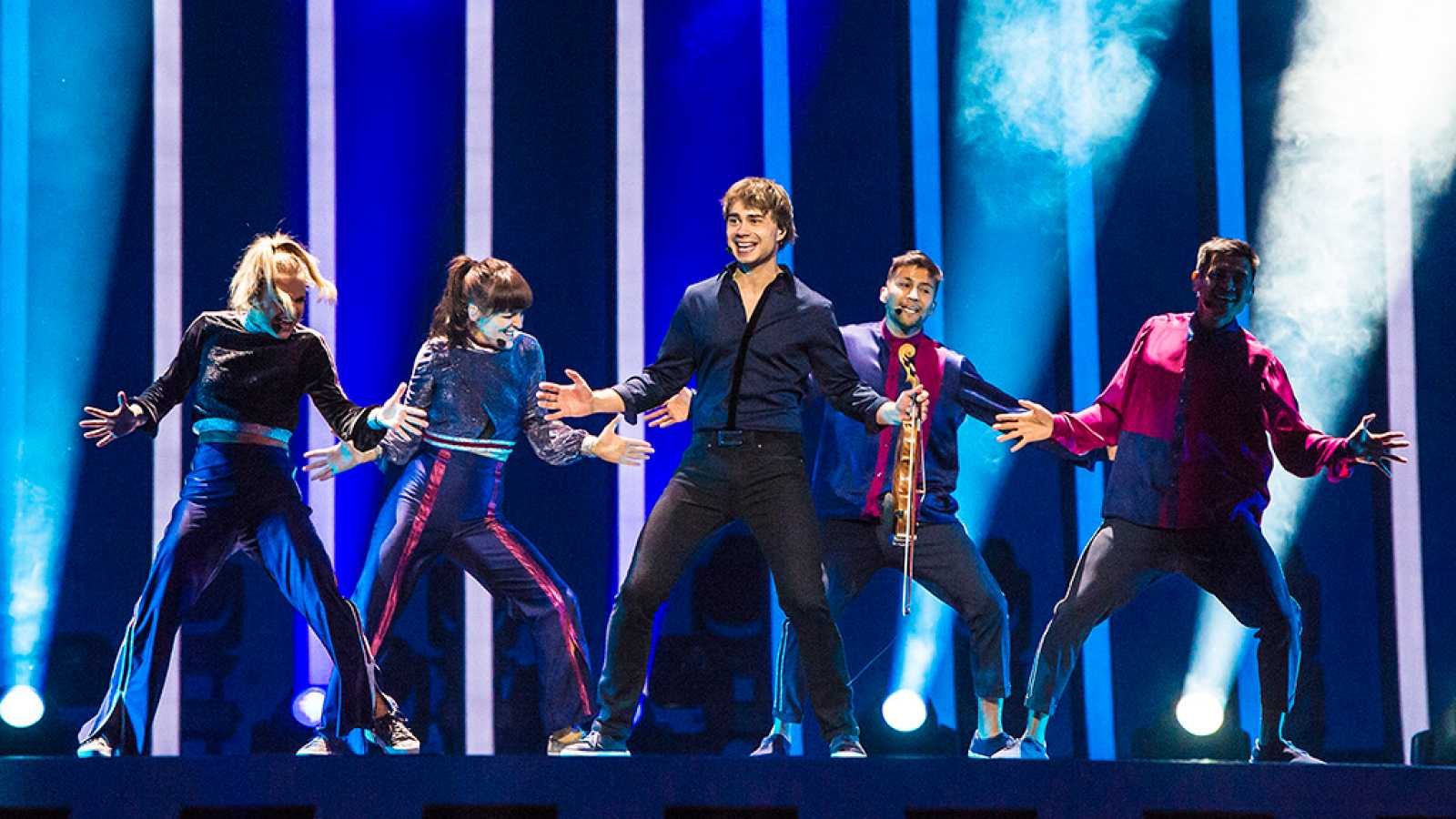 "Eurovisión - Noruega: Rybak canta ""That's how you write a song"" en la final de Eurovisión 2018"