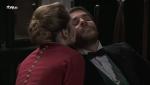 Acacias 38 - Peña pide un beso a Flora