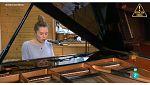 Atención Obras - Conoceremos lo nuevo de la cantante, compositora y pianista ELE