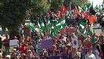 Manifestación en Huelva en apoyo a las temporeras de la fresa que denuncian acoso sexual