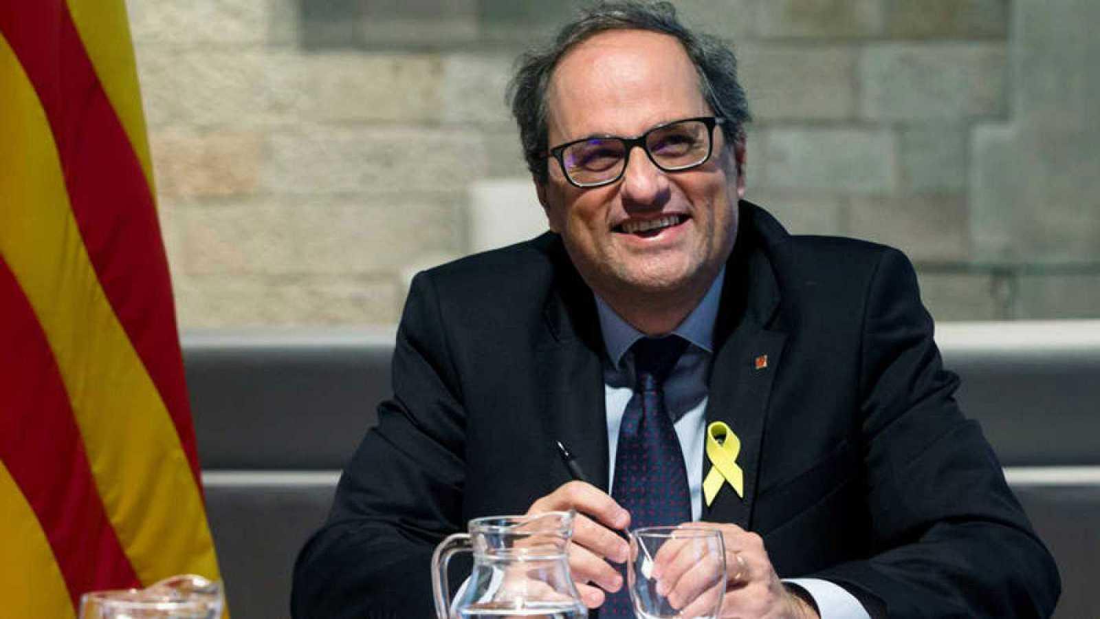 Resultado de imagen de Torra califica de indecente la suspensión de los seis diputados catalanes