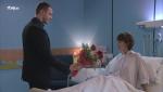 Servir y proteger - Sergio visita a Alicia en el hospital