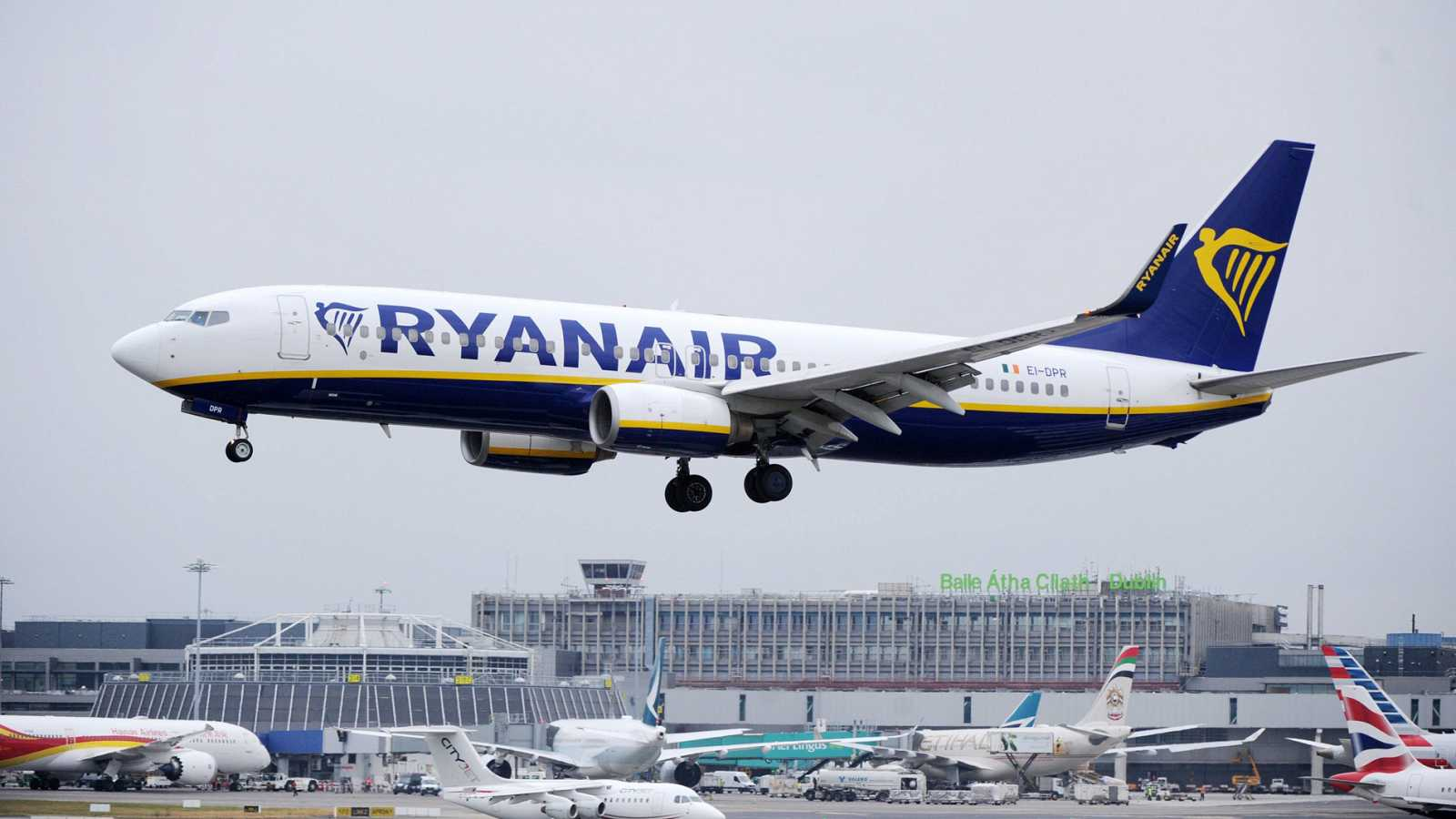 Las cancelaciones por la huelga de tripulantes de Ryanair afectarán a 75.000 clientes en España
