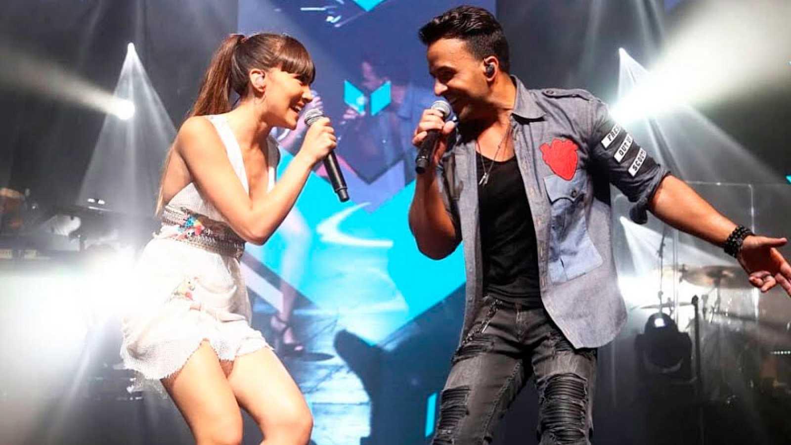 Corazón Luis Fonsi Y Aitana Vuelven A Actuar Juntos En Barcelona