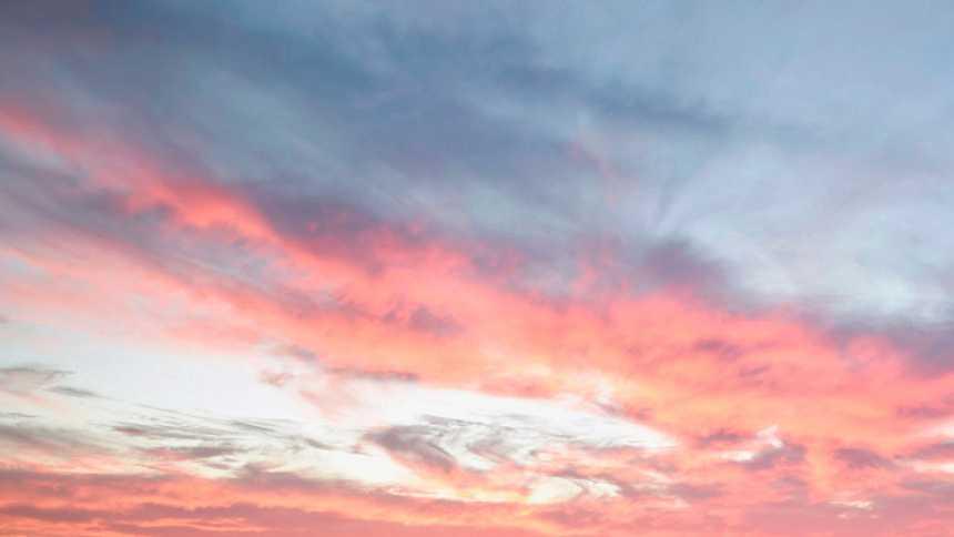 Intervalos nubosos con predominio de nubes medias y altas