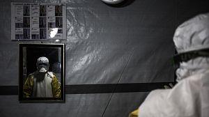 La descontaminación, clave para prevenir el ébola