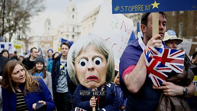Cientos de miles de británicos se manifiestan en Londres para pedir una nueva consulta del 'Brexit'