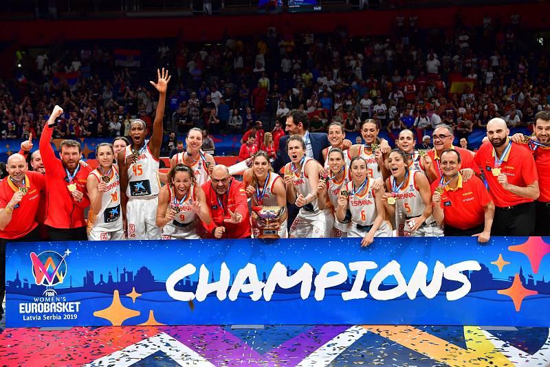 España sigue haciendo historia en el baloncesto femenino