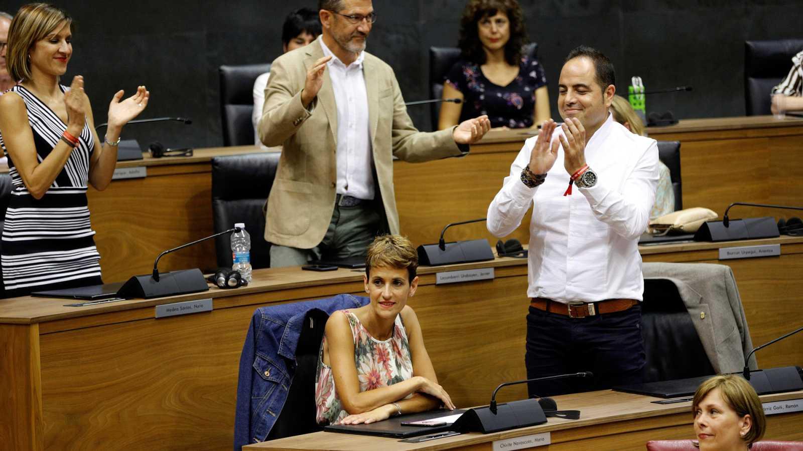 La socialista Chivite, presidenta de Navarra gracias a la abstención de EH Bildu