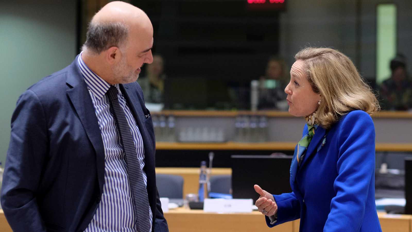 Resultado de imagen de bruselas ve riesgo de incumplimiento presupuestario