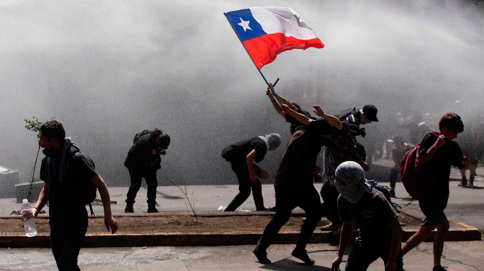 Resultado de imagen para chile protestas