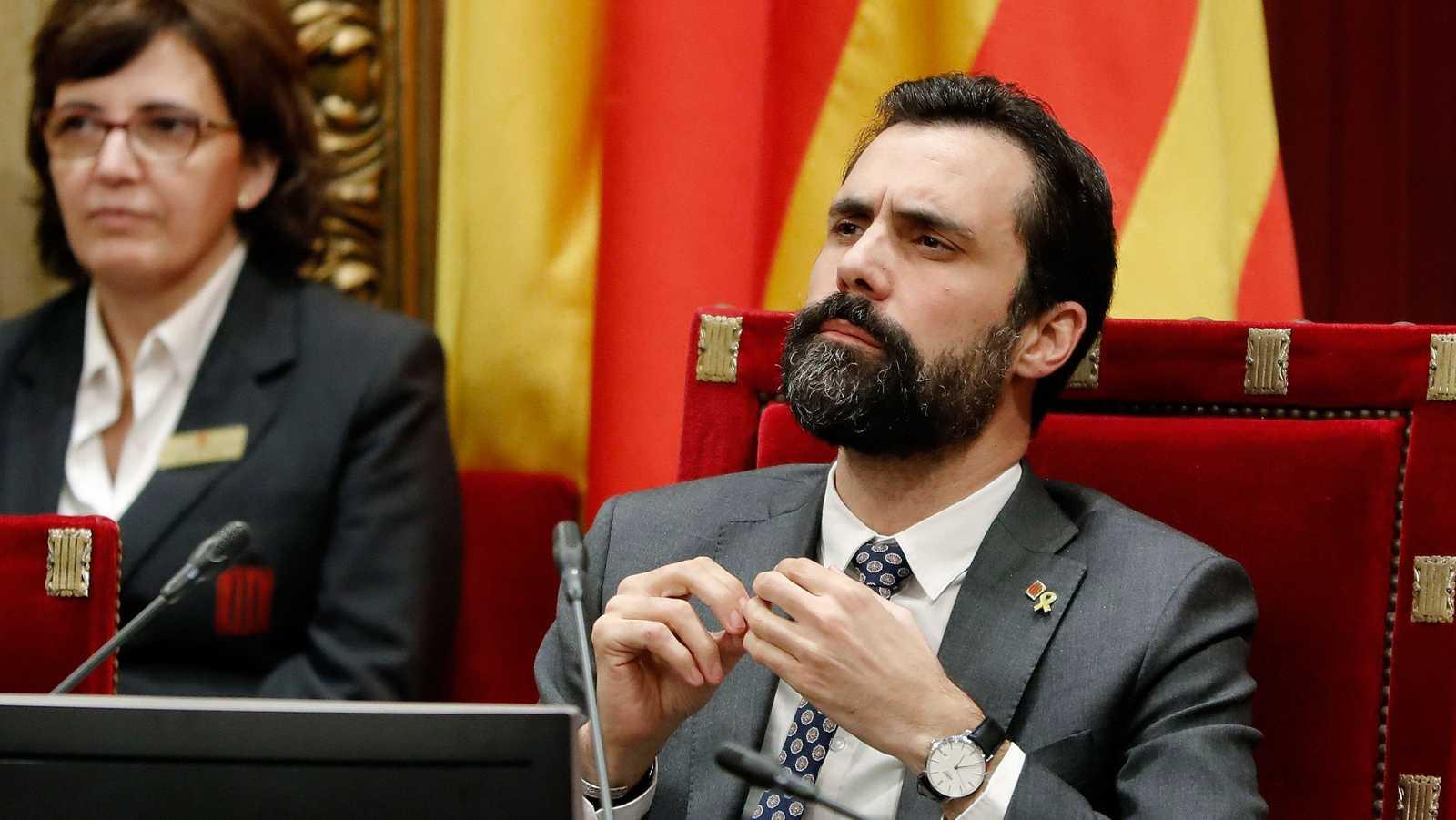 Resultado de imagen de El Parlament desafía de nuevo al TC y vota una resolución a favor de la autodeterminación