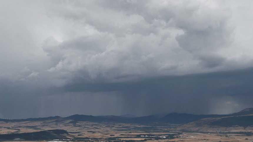 Cuatro provincias tendrán riesgo por lluvias intensas y tormentas fuertes