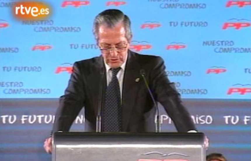 Adolfo Suárez apoya en 2003 la candidatura de su hijo a la presidencia de Castilla-La Mancha