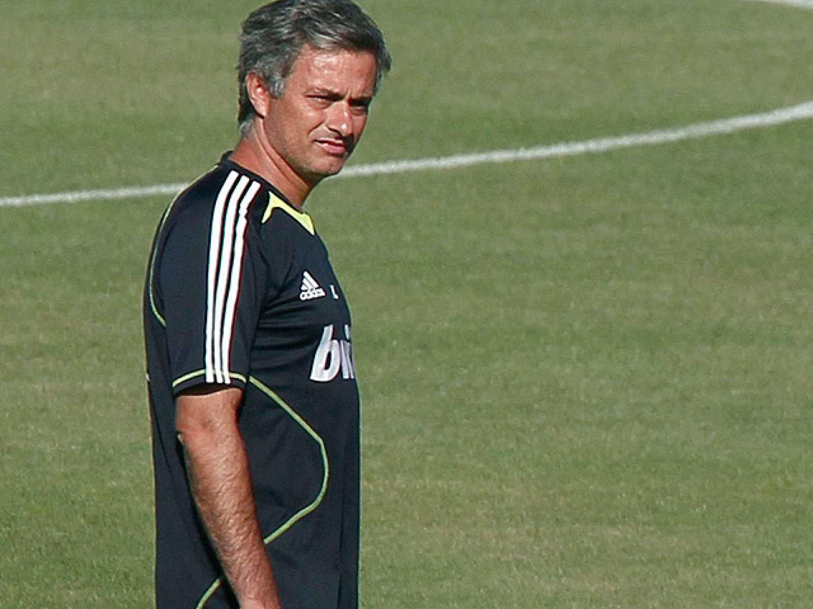 0dc701a71d Jose Mourinho ha asegurado que Canales jugará de titular este domingo, pero  no con quién reproducir video