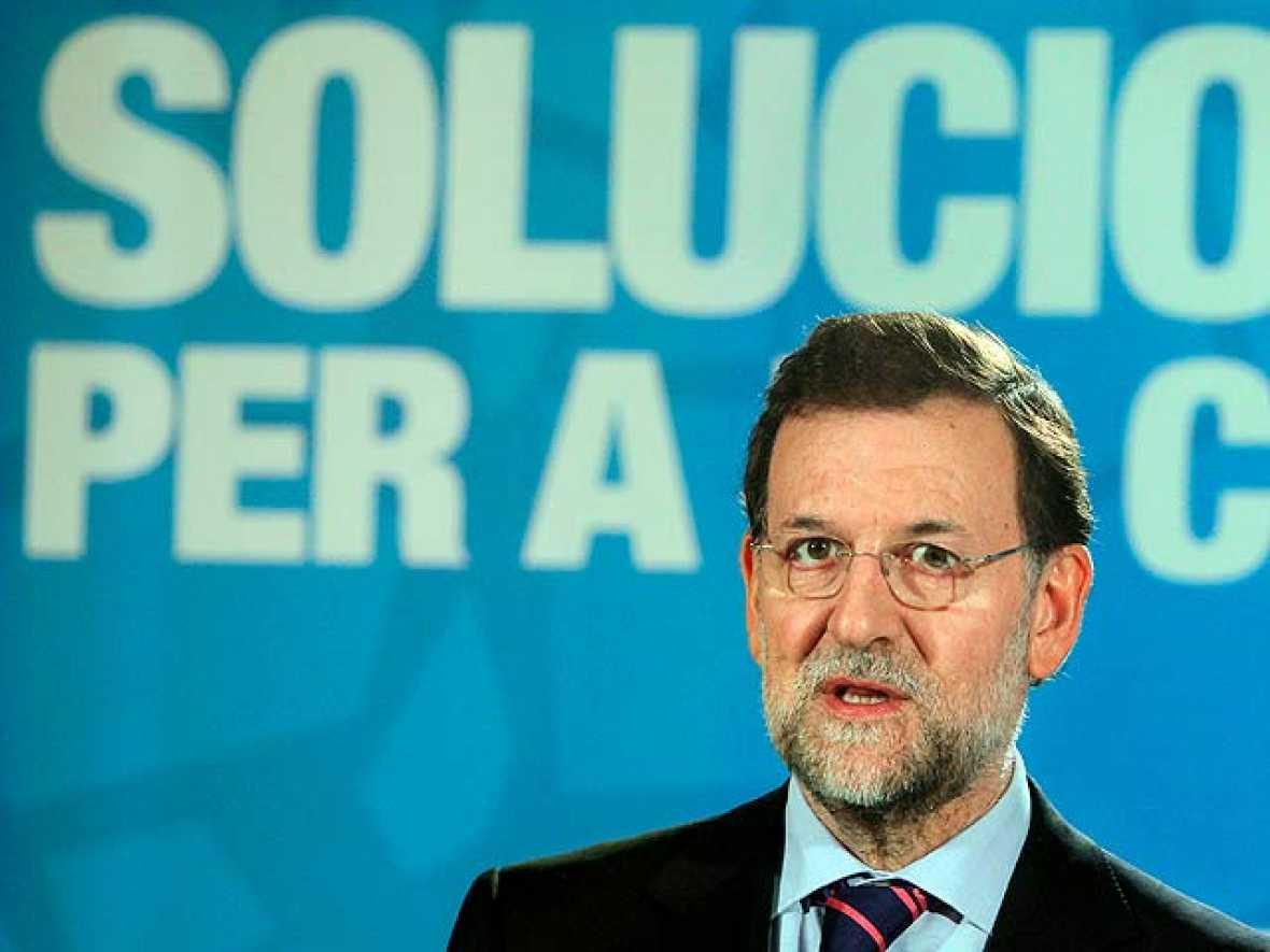 """Rajoy considera que las medidas anunciadas por Zapatero """"van en la buena dirección"""""""