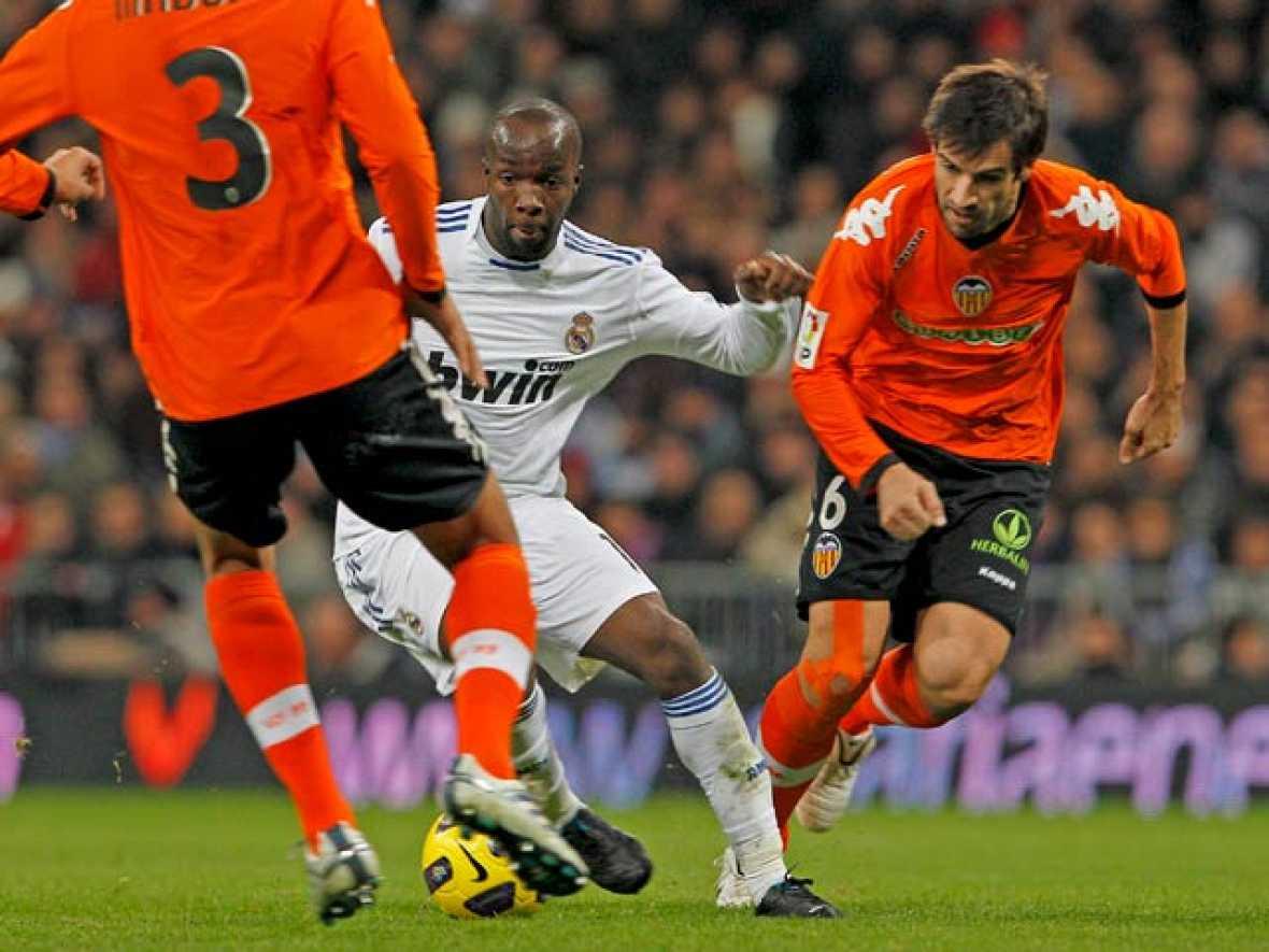 Aún escuece en el Valencia la derrota ante el Real Madrid y la expulsión de Albelda.