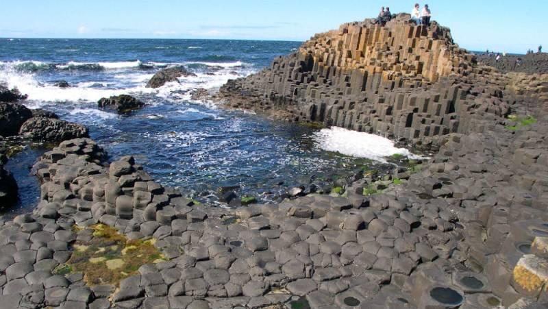 Nómadas - Irlanda del Norte: gigantes de piedra y acero - 31/03/12 - ESCUCHAR AHORA