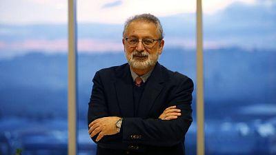 """24 horas fin de semana - 20 horas - López Acuña: """"Cinco Comunidades tienen una incidencia mayor que la media nacional y lo recomendable sería retrasar la entrada al cole"""" - Escuchar ahora"""