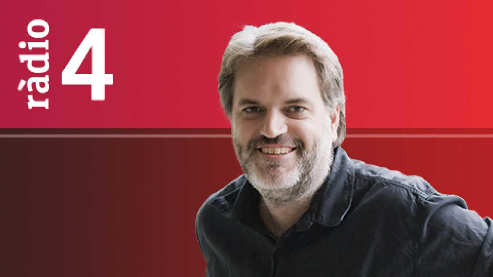 """El matí a Ràdio 4 - Entrevista a Salvador Sunyer, Temporada Alta. Concurs """"L'Elogi de la Paraula"""". Amb Alba Casaramona 'bars modernistes'"""