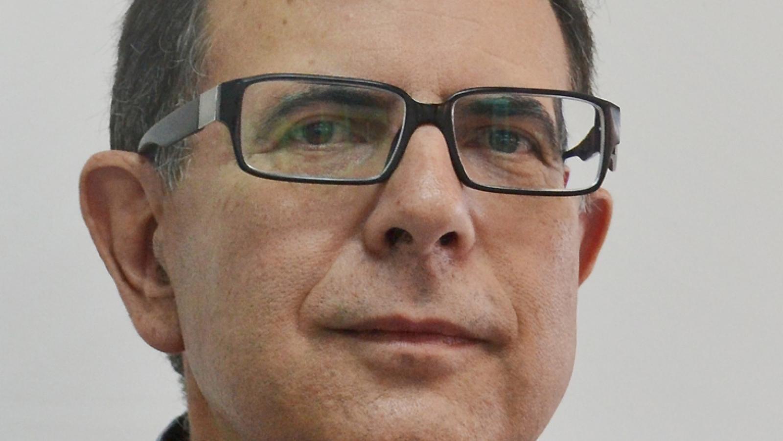 A hombros de gigantes - Avelino Corma, premio Príncipe de Asturias 2014: Sin investigación básica no hay tecnología - 24/11/14 - Escuchar ahora