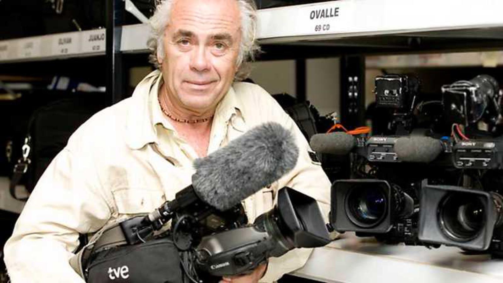 Gente despierta - Manuel Ovalle, el reportero gráfico más longevo en activo de TVE - Escuchar ahora