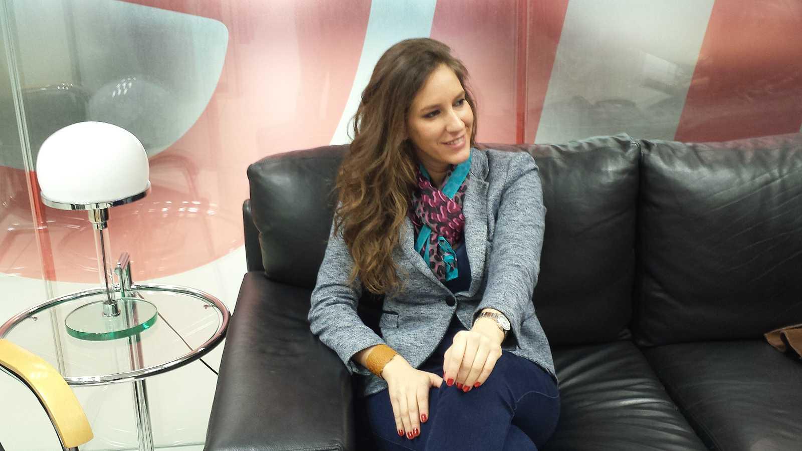 """Las mañanas de RNE - María Toledo canta en directo """"Me hieres"""" - Escuchar ahora"""