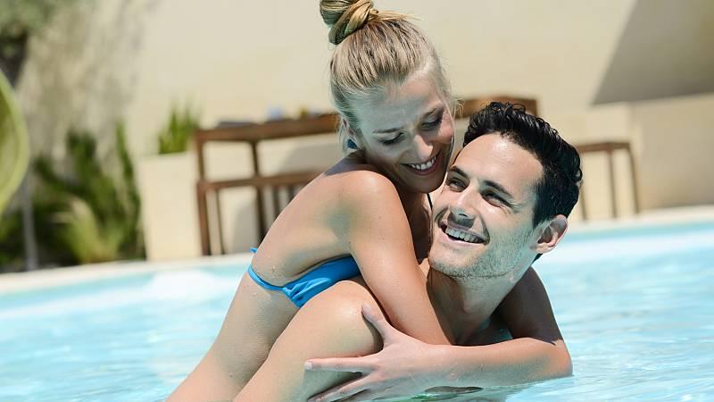 España vuelta y vuelta - 10 claves para que la pareja no salga dañada del verano - Escuchar ahora