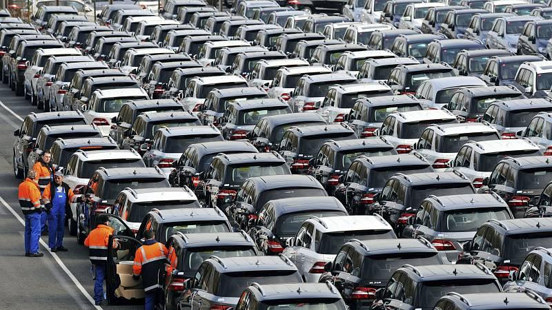 Las mañanas de RNE - Multadas 21 empresas del sector del automóvil - Escuchar ahora