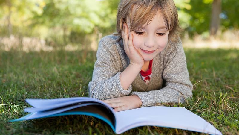 España vuelta y vuelta - Suben las ventas de libros infantiles y juveniles en España - Escuchar ahora