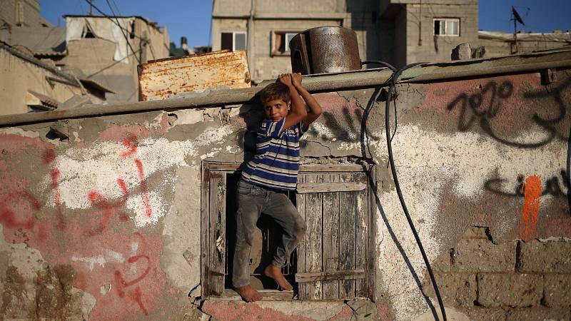 Entre paréntesis - Gaza podría ser inhabitable en cinco años, según un informe de la ONU - Escuchar ahora