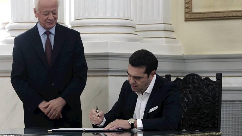 Las mañanas de RNE - Alexis Tsipras jura de nuevo primer ministro griego - Escuchar ahora