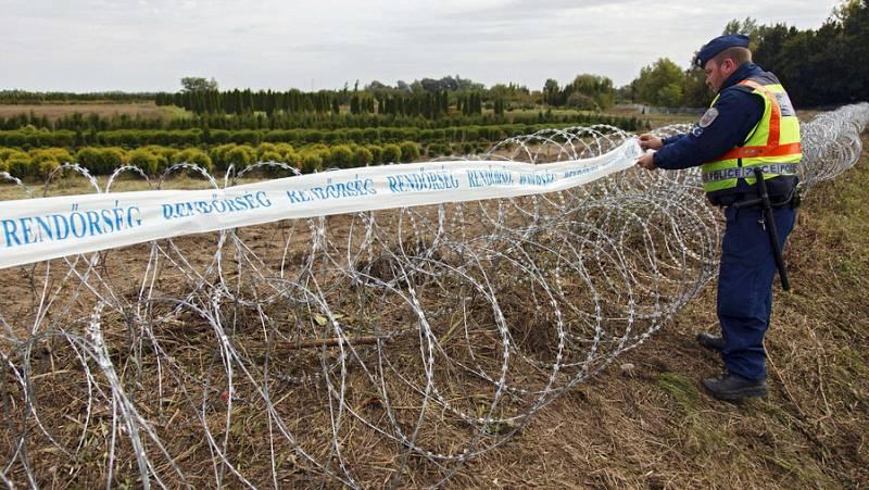 Boletines RNE - Los ministros de Interior de la UE se reúnen para reforzar las fronteras exteriores - Escuchar ahora