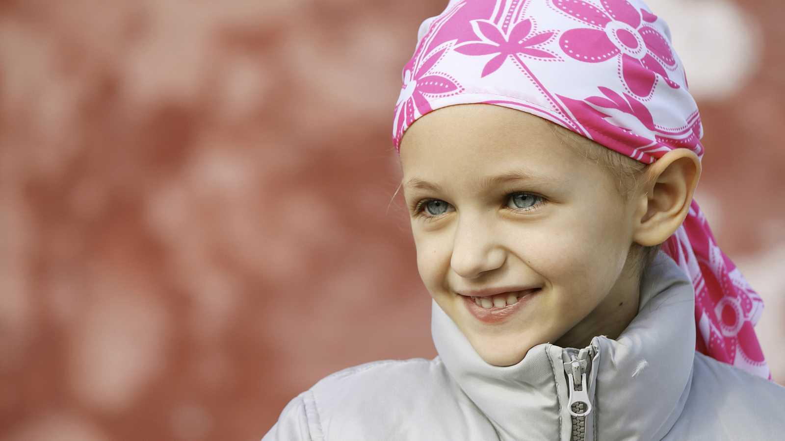 Marca España - Una investigación relaciona la contaminación del aire de interiores con el cáncer infantil - 20/10/15 - Escuchar ahora