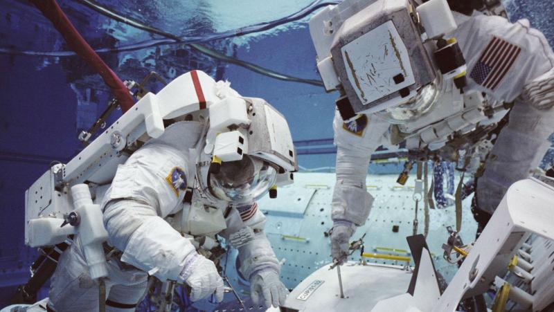 """Memoria de delfín - La carrera espacial (1968-2015): """"La preparación sirve para no tener miedo"""" (Pedro Duque) - 07/12/15 - Escuchar ahora"""