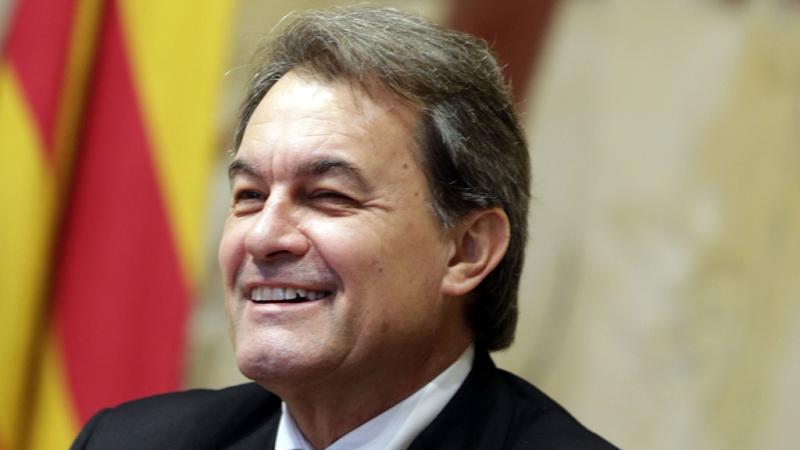 Boletines RNE - Los partidos catalanes analizan la situación creada tras el no de la CUP a Artur Mas - Escuchar ahora