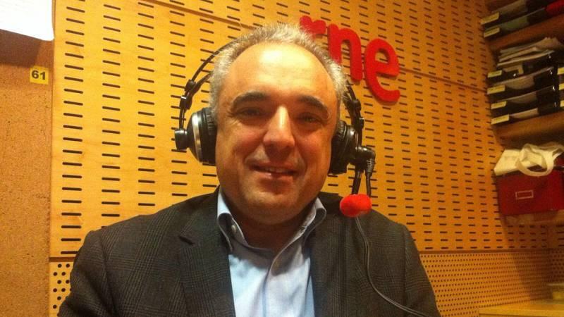 """24 horas - Rafael Simancas (PSOE): """"Creemos que los votos de Podemos no buscaban unas sillas en el Congreso"""" - 18/01/16 - Escuchar ahora"""
