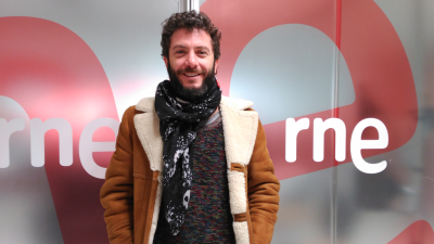 Las mañanas de RNE - Juanito Makandé llega a Madrid con su 'Muerte a los pájaros negros' - Escuchar ahora