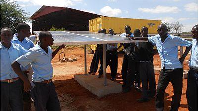 Sostenible y renovable en Radio 5 - Luz en los hogares de Nyumbani Village - 01/03/16 - Escuchar ahora