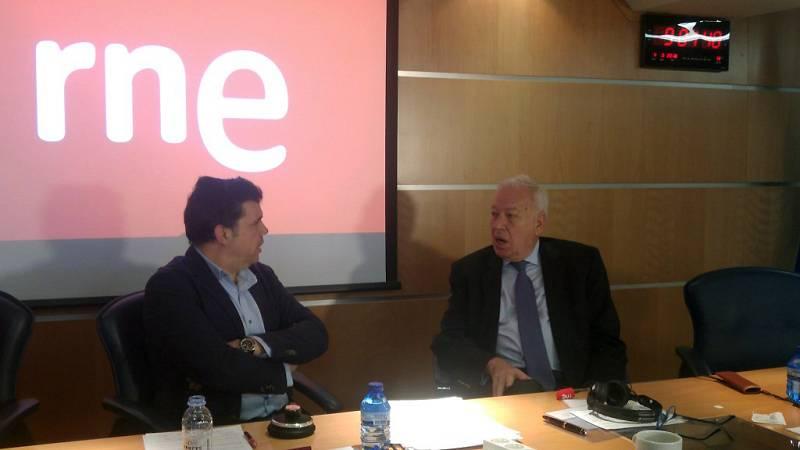 Las mañanas de RNE - García-Margallo no cree que los puentes entre PSOE y Podemos estén rotos del todo - Escuchar ahora