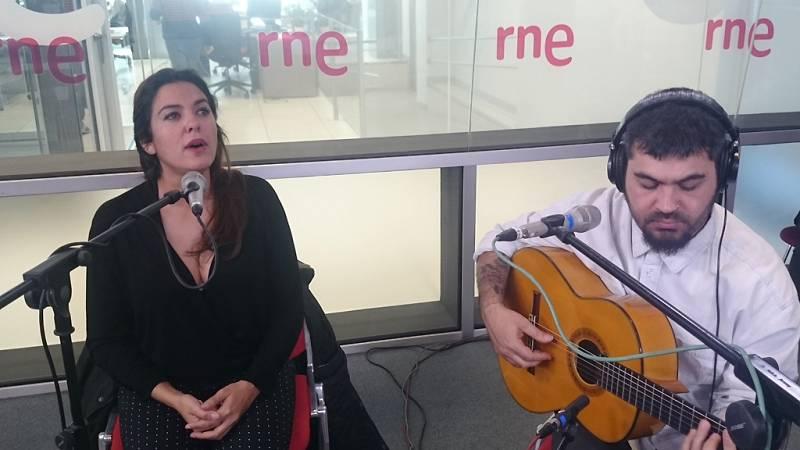 """Las mañanas de RNE - Alba Molina interpreta en directo """"Todo es de color"""" - Ecuchar ahora"""