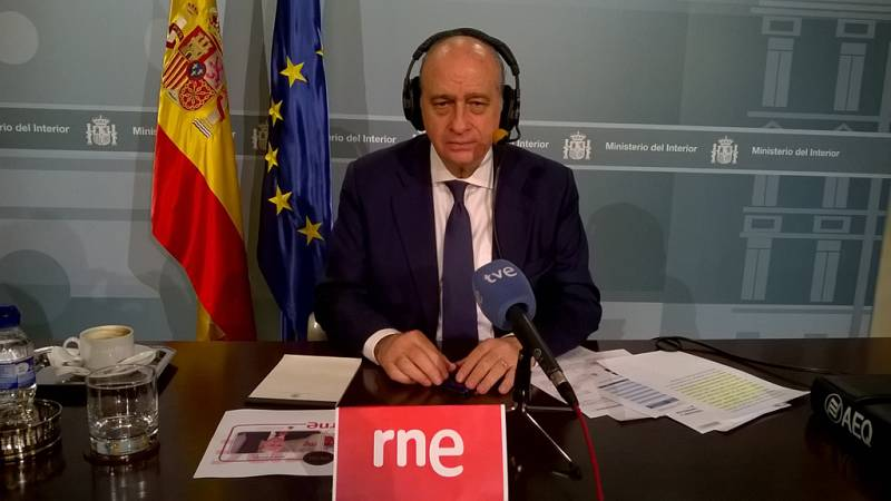 Las mañanas de RNE - Fernández Díaz insiste: no se puede confirmar aún que haya españoles en la lista del EI - Escuchar ahora