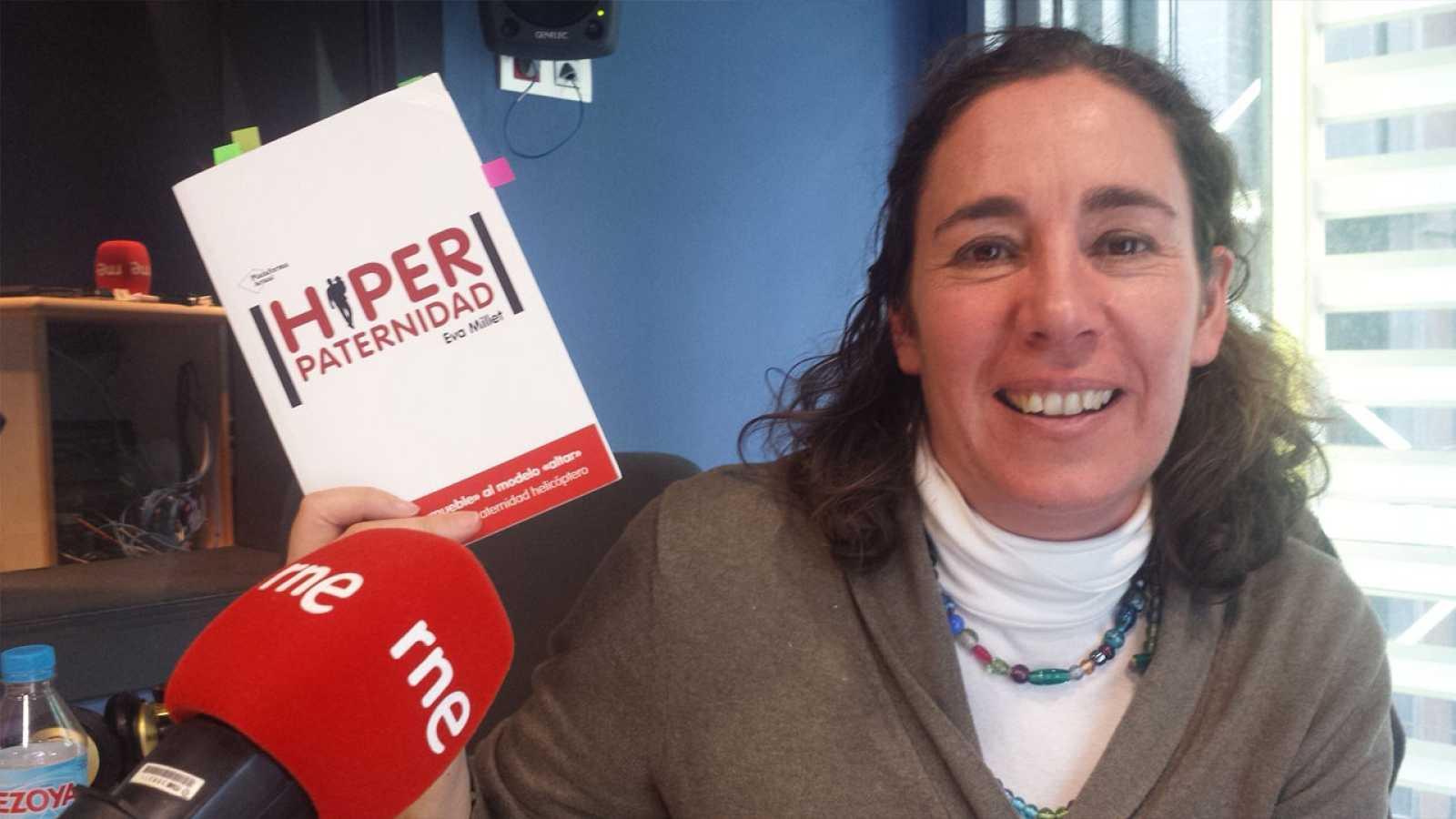 Lletra lligada - Entrevista a Eva Millet - Hiperpaternitat