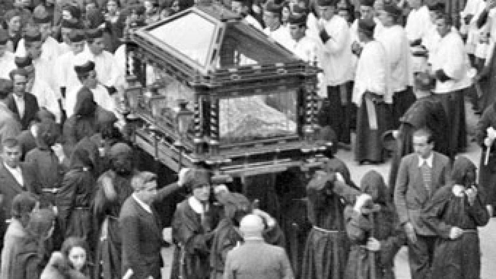 Punto de enlace - Historia fotográfica de la Semana santa de Logroño - 18/03/16 - escuchar ahora