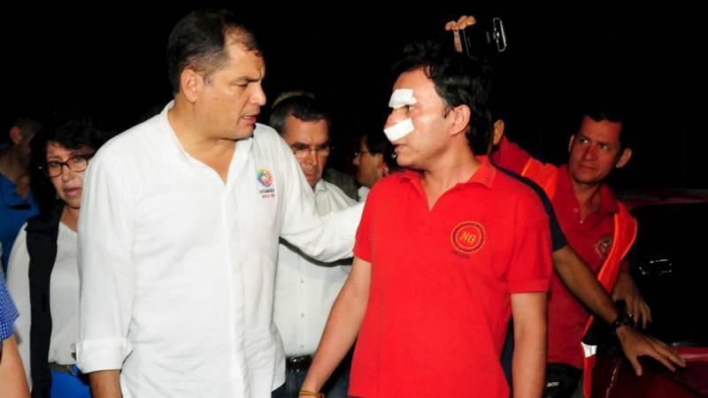 """Boletines RNE - Rafael Correa: """" Esta es la mayor tragedia de los últimos 67 años"""" - Escuchar ahora"""