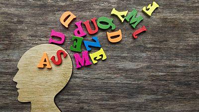 InquietaMENTE - Impacto cerebral de las palabras - Escuchar ahora